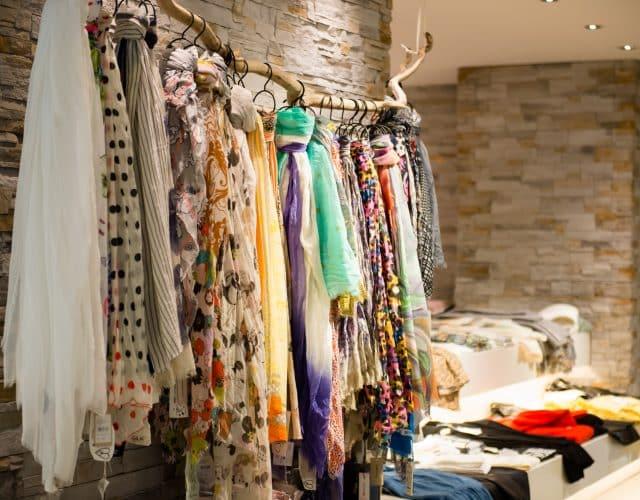 Schals Tücher Accessoires Personal Shopping Modehaus Obermaier Moden Glonn Grafing